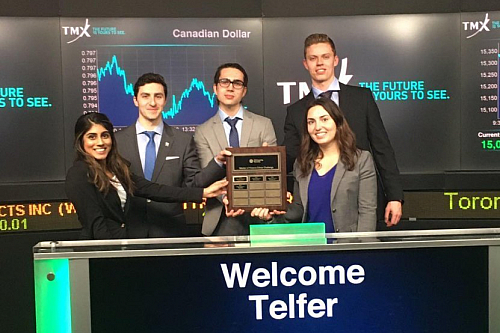 students at toronto stock exchange