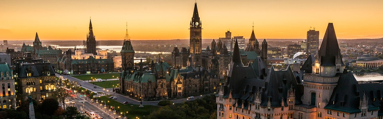 City of Ottawa landscape view of Parlement