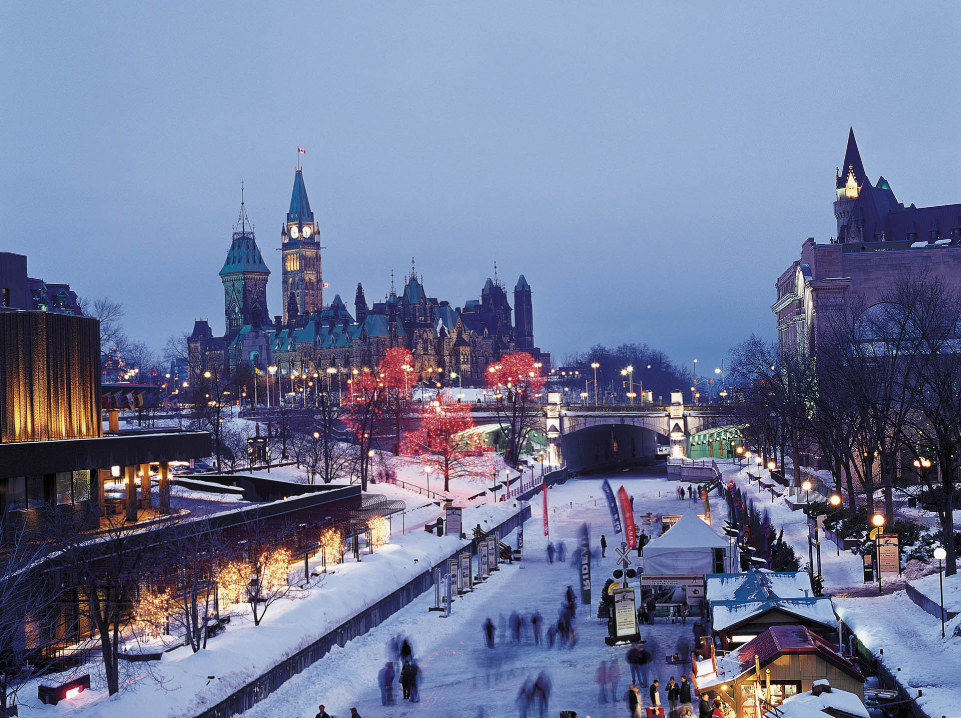 Winter view of the Canal Rideau with Canada's Parliamant in the background
